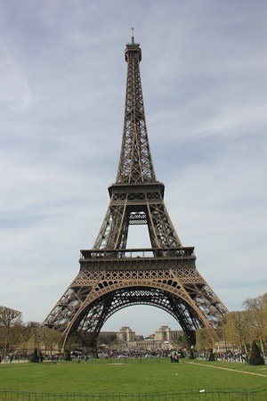United we stand, divided we… do even better!. Photo of Eiffel tower