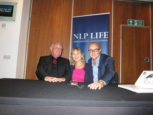 photo of Lysette Offley with Richard Bandler & Paul McKenna '15