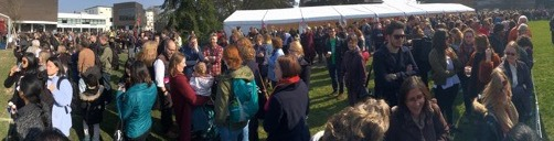 Reading University's world record attempt - photo of awaiting students