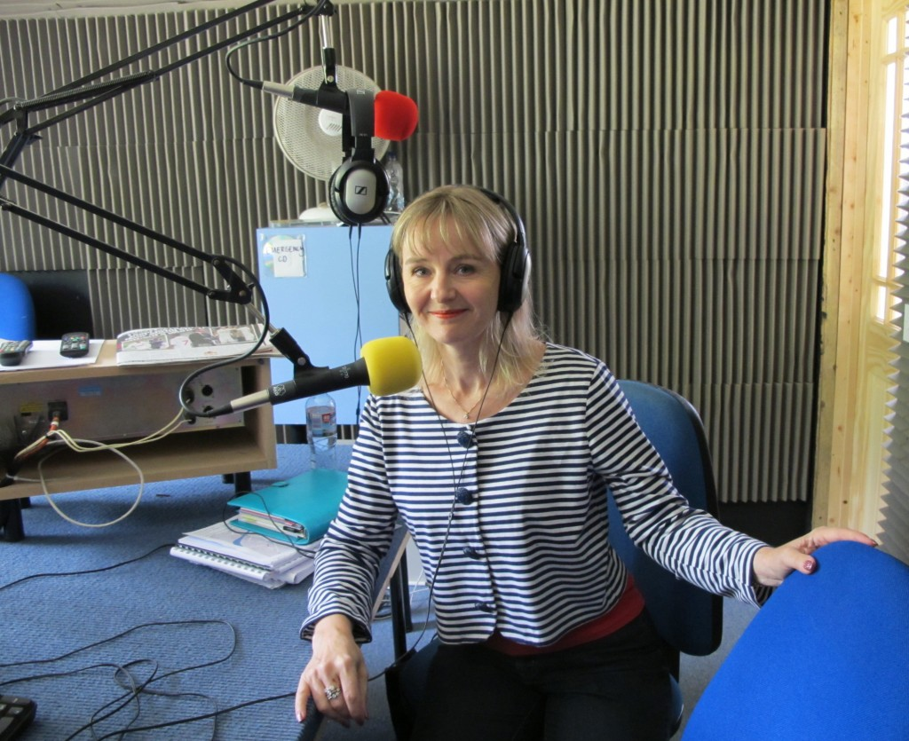 Lysette Offley & Genius Material on Marlow FM 15.08.11
