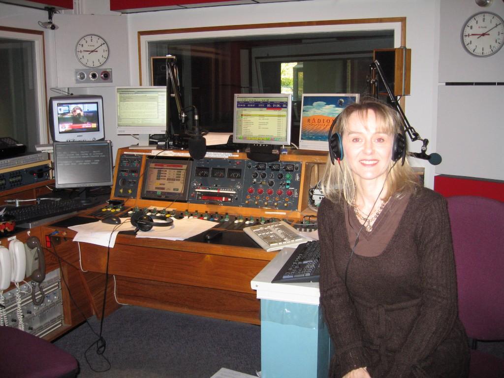 Lysette Offley & Genius Material on BBC Radio Oxford 09.04.08
