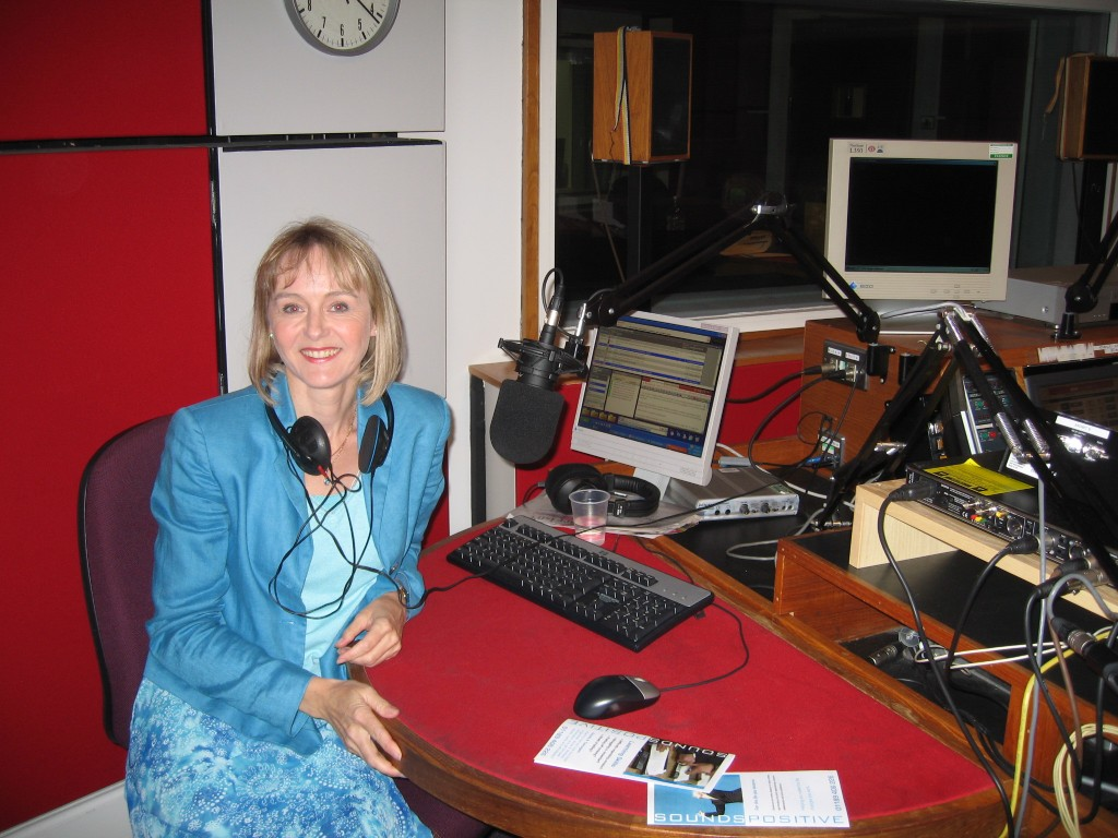 Lysette Offley & Genius Material on BBC Radio Oxford 13.08.08